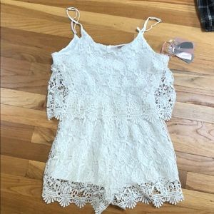 NEW WITH TAGS White lace romper from Forever 21
